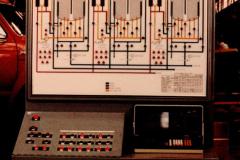 wmt_deep-bed_05_multiple_vertical_electrical_panel